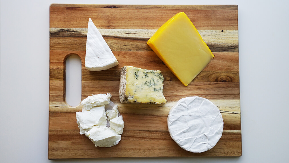 Take Président cheeses out of the refrigerator 30 to 60 mins before serving on a cheese board
